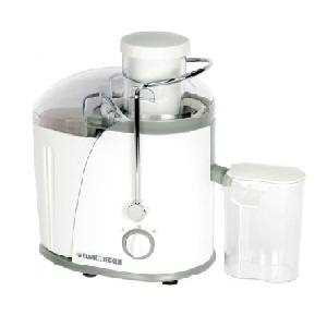 Black and Decker JE400 400 W Juicer