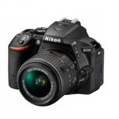Nikon D5500 Camera with 18-140 mm lens