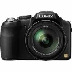 Panasonic Lumix DMC FZ200 Point Shoot Camera